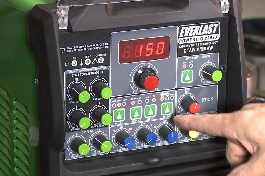 Everlast Power Equipment Pulse Welder Review